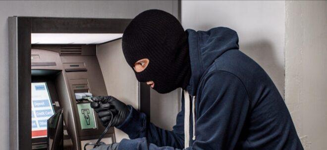 البنك الكويت المركزي يحذر البنوك المحلية بشأن أسلوب إجرامي جديد ومبتكر لسرقة النقود من أجهزة السحب الآلي